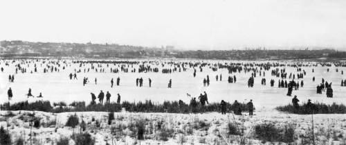 """Skaters on Green Lake, Jan 30, 1916 – before the snowfall """"killed"""" the skating"""