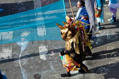 procession-day-21