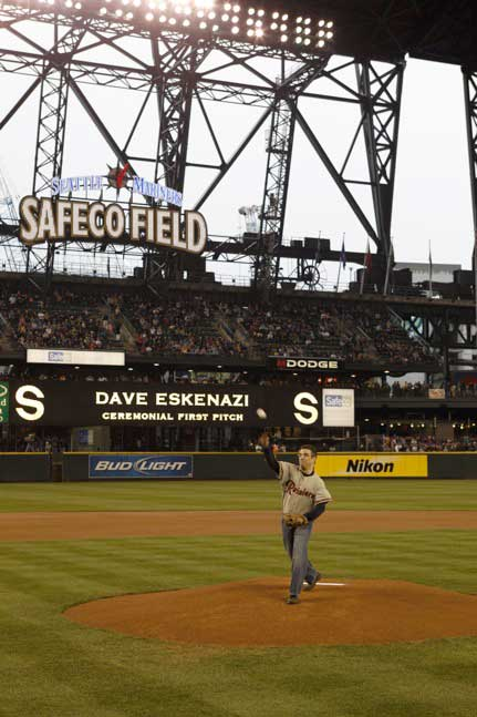 Dave throwing out 1st pitch (photo by Ben Van Houten)