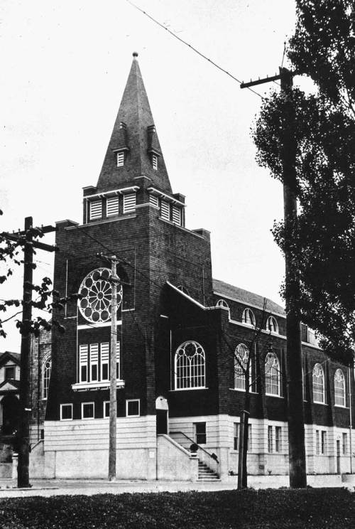 Immanuel Lutheran at southwest corner of Thomas and Pontinus, early 20th Century.