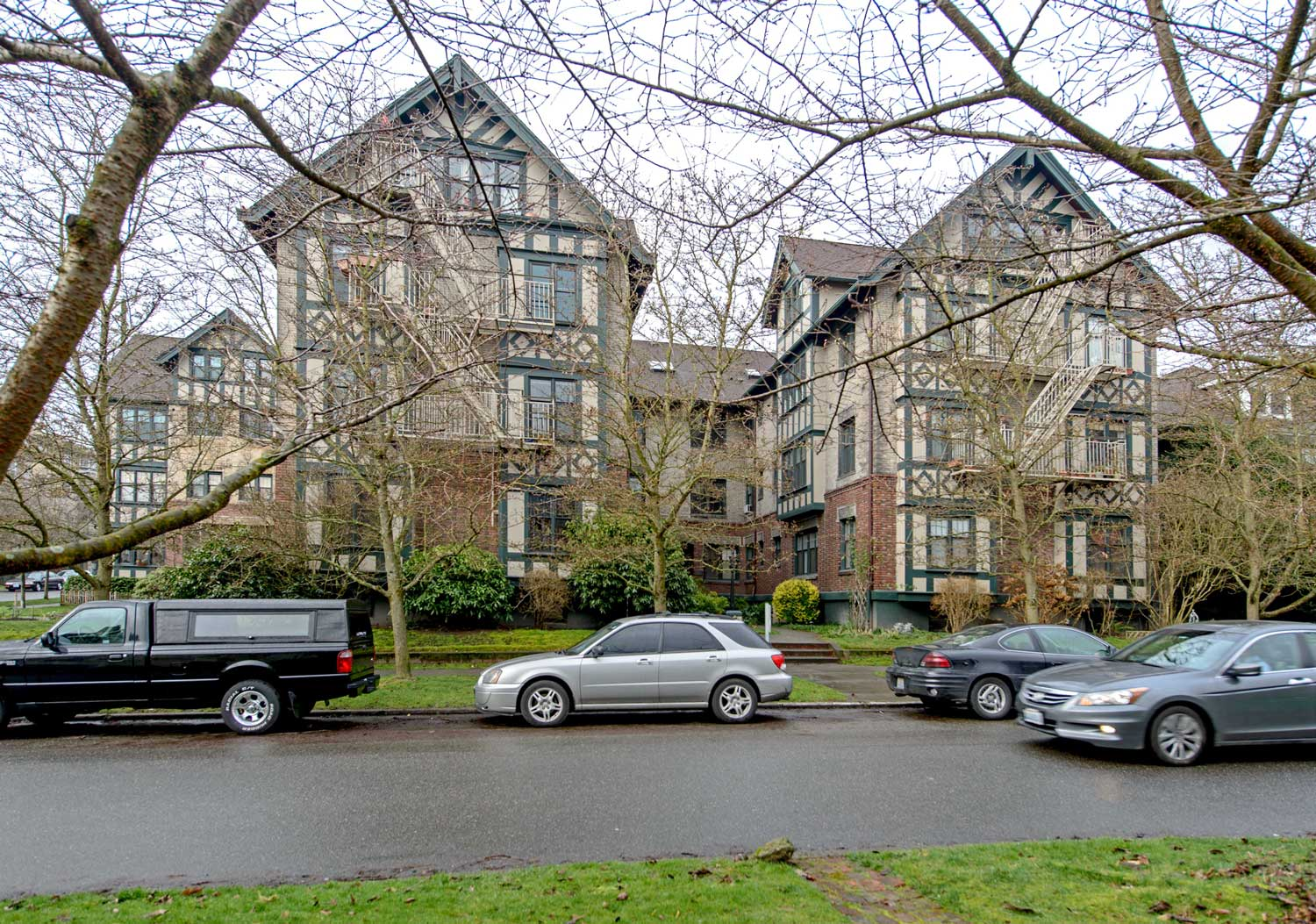 Seattle Now U0026 Then: The Gables Apartments On Capitol Hill Awesome Ideas