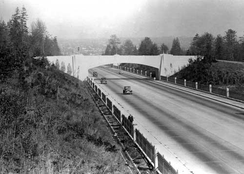 Seattle Now & Then: Signal Station On Aurora