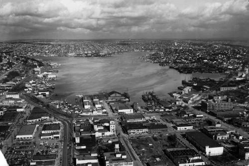 A aeroplane look north thru the lake taken on March 20, 1949.   Courtesy Ron Edge.
