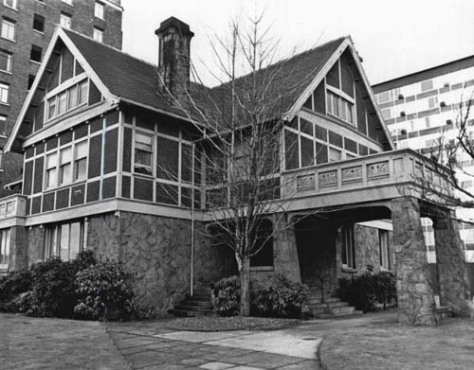 A late look at the Narcissa and Orin Denny home before its destruction for the Sunset Club parking lot.