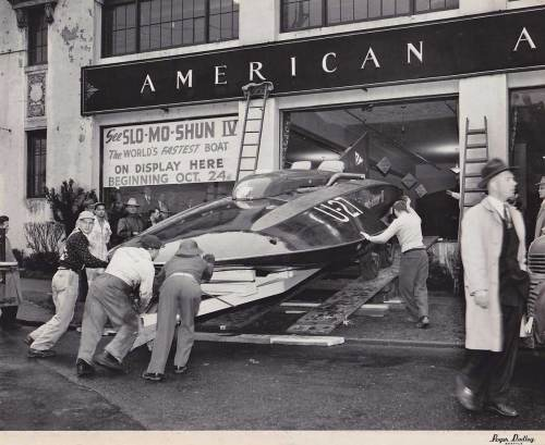2 Slo-mo-shun-IV-American-Automobile-Co-Broadway-&-Madi-Dubley-2-1950WEB