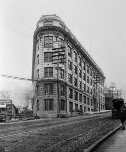 City Hall (Public Safety Bldg., City Hospital, etc.) when nearly new in 1908/9.  Restored in the 1970s at the 400 Yesler Building.