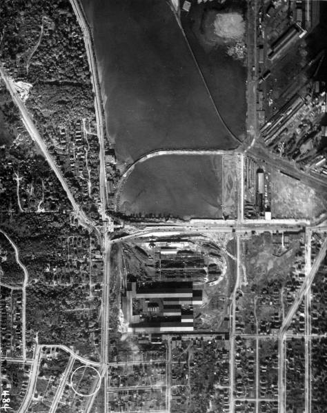 A detail of the neighborhood from the city's 1929 aerial survey.  The scan is used courtesy, again, of Ron Edge.