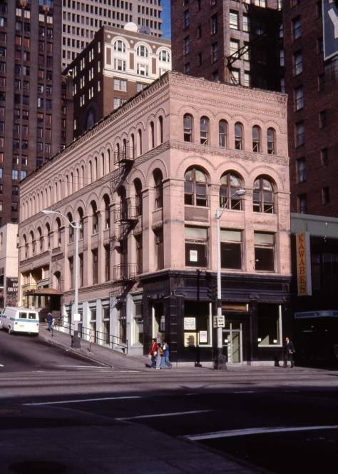 Lawton Gowey's glowing record of the Brooklyn Building on August 25, 1976.
