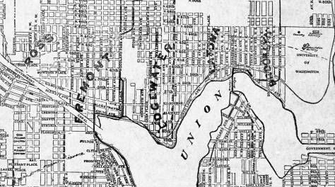 We have shared this north end map before.  This detail shows that in the late 1890s the neighborhoods north of Lake Union included Fremont, Edgewater, Latona, and Brooklyn.  The last was not abandoned until well into the 20th century.  Now it is always University District.   But then Latona, Edgewater and Ross, far left, as hardly heard either.