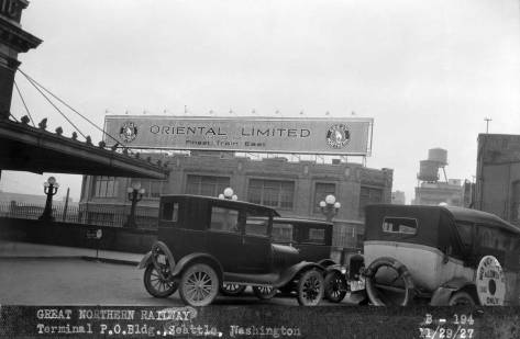FK-Great-Northern-Railway-Terminal-P.O.-Bldg.,-Seattle--B-194--Nov.-29,-1927-lk.-wWEB