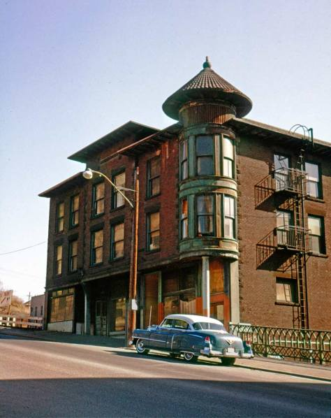 Frank Shaw recorded this look across Yesler to the