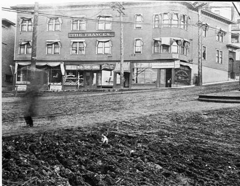 Looking through the odd intersection of 5th and Yesler Way before the slide and the overpass.