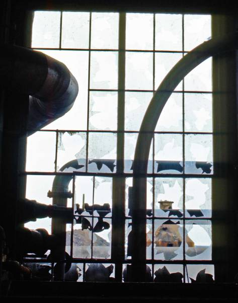 "Two days later Frank Shaw returned to his ""Gasplant Park"" to continue his recording. This one is titled ""broken windows in Gasplant park bldg. Feb. 7, 1974."""