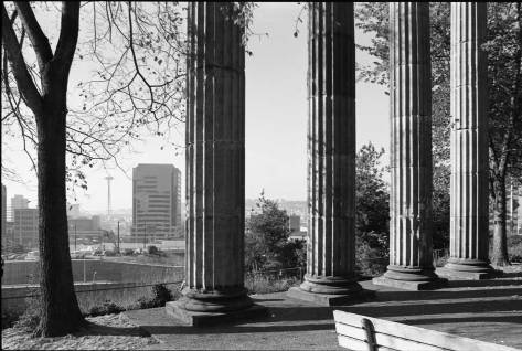 Plymouth-pillars-Boren-and-Pike-moreWEB