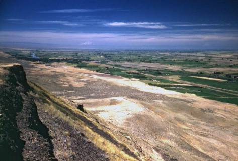 The Yakima Valley - farming with irrigation